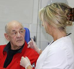 Tandtechniek Benisi: Praktijk voor kunstgebitten en protheses in Rotterdam. Sinds 1975 uw vertrouwde adres in Ommoord.